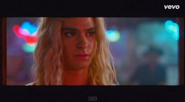 El Spiderman drag queen por Arcade Fire
